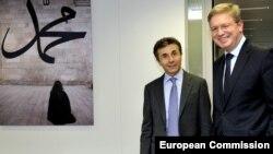 Еврокомиссар по вопросам расширения и европейской политики соседства призвал политических противников прекратить конфликтовать и приступить к взаимодействию