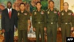 ابراهيم گمبری، نماینده ویژه سازمان ملل متحد روز سه شنبه با ژنرال تان شاوو و نظامیان حاکم بر میانمار دیدار کرد