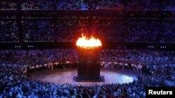 Машъали олимпӣ дар варзишгоҳ