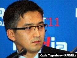 Председатель комитета информации и архивов министерства связи и информации Болат Берсебаев. Алматы, 31 октября 2011 года.