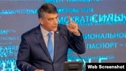 """""""Миллий тикланиш"""" партияси раиси Алишер Қодиров"""