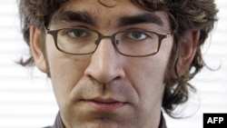 U.S. journalist Simon Ostrovsky was abducted by separatists in eastern Ukraine on April 22. He was released two days later.