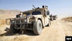 Афганские силы безопасности направляются на подкрепление в город Кундуз. 30 сентября 2015 года.