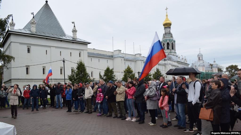 Акция протеста против повышения пенсионного возраста в Вологде