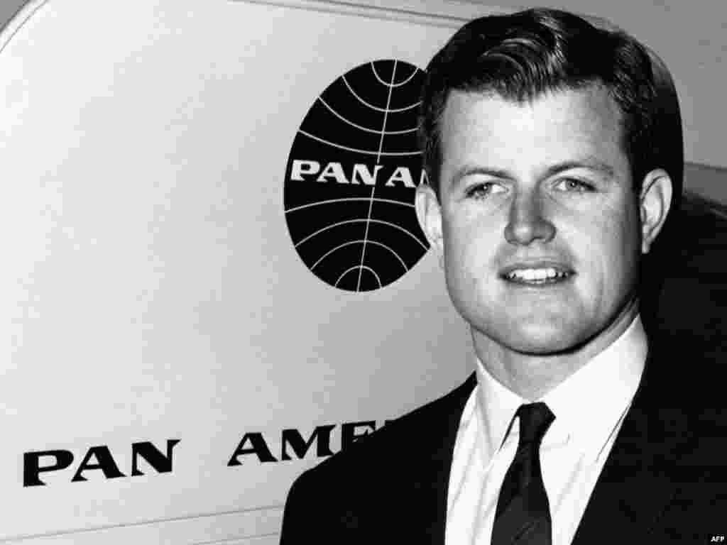Эдвард Кеннеди 2 сентября 1962 года