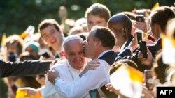 Папа римский у Апостольской нунциатуры в Вашингтоне 23 сентября 2015 года