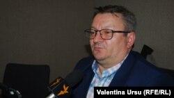 O discuţie cu analistul de la Bucureşti Armand Goşu