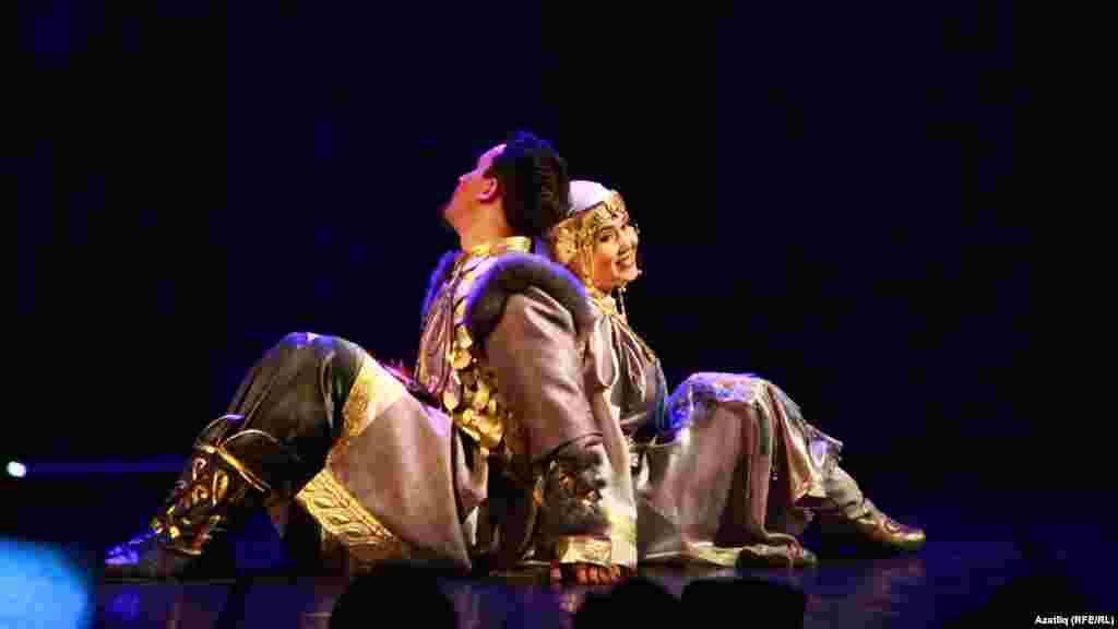 Болгар ханы кызы Нәргизә һәм аның сөйгәне Турыбатыр