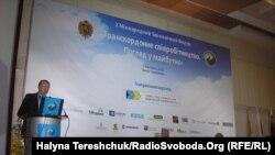 Голова Львівської обладміністрації Василь Горбаль, Х Міжнародний економічний форум, Трускавець, 7 жовтня 2010 року