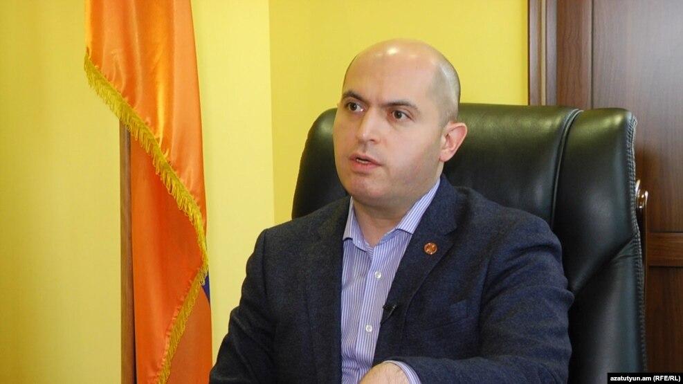 Ашотян: Даже если Карен Карапетян не будет включен в избирательный список РПА, он все равно останется кандидатом на пост премьера Армении