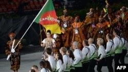 Команда Камеруну на відкритті Олімпійських ігор 27 липня 2012 року