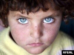 Një tjetër vogëlushe afgane...