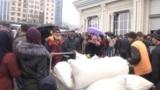 Паника в Таджикистане: люди скупают мешками муку из-за страха коронавируса