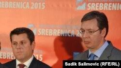 Ćamil Duraković i Aleksandar Vučić na investicijskoj konferenciji u Srebrenici, 11. novembar 2015, foto: Sadik Salimović
