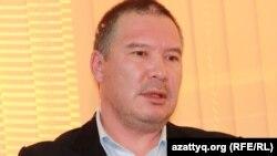 Серикжан Мамбеталин, гражданский активист. Алматы, 26 ноября 2013 года.