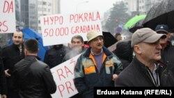 Jedan od protesta građana koji su uzeli kredite u švicarskim francima u BiH