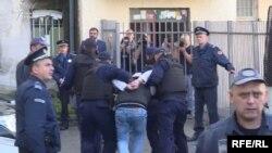 Hapšenja crnogorske policije, arhivski snimak