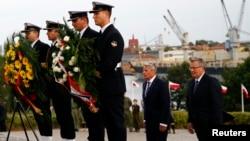 Президенты Германии и Польши Иоахим Гаук (на заднем плане слева) и Бронислав Коморовский (справа). Вестерплатте, сентябрь 2014