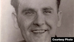 Гамбурскі рахунак Бахарэвіча, Янка Брыль. 1952 – 1954 гг. З фондаў БДАМЛМ
