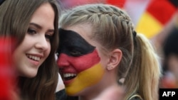 Уболівальниці збірної Німеччини на Євро-2016