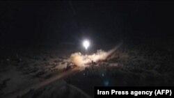 İranın raket zərbəsinin iddia olunan görüntüsü