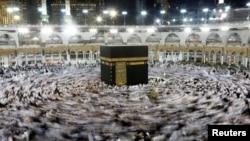 Vernici u Velikoj džamiji u Meki