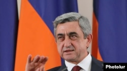 Armenian President Serzh Sarkisian holds a news conference in Yerevan on April 10, 2009
