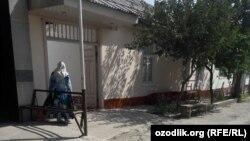 Дом покойного Музаффара Умрзакова в городе Андижане.