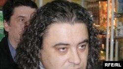 Богдановның бабасы Абдраим, әбисе Сабрия, әнисе Лариса. Әмәт абзыйсы һәм Линура апасы Кырымда яши.