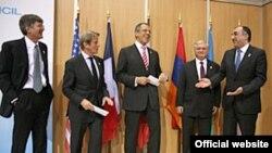 Главы МИД России и Франции, а также представитель госсекретаря США встречаются с главами МИД Азербайджана и Армении, Афины, 1 декабря 2009 года