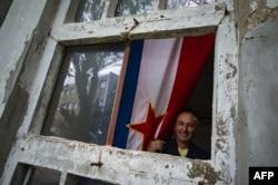 Pitanje da li je Jugoslavija sa svojim ekonomskim razlikama, iskustvom iz različitih kulturno istorijskih krugova, iz, ako hoćete, civilizacijskih krugova, kao seljačka društva, da li je ona mogla biti zemlja razvijene demokratije