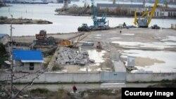 Территория, где запланировано строительство нового порта, Инкерман, Крым, 15 января 2018 год