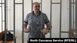 Оюб Титиев на судебном заседании