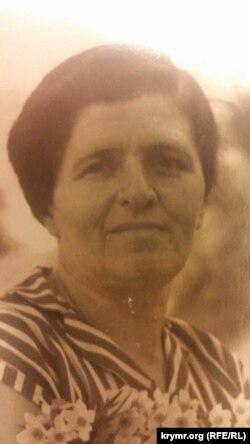 Мать Джемиля Майя
