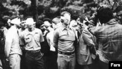 گروهی از آمریکایی هایی که در زمان اشغال سفارت آمریکا در تهران به گروگان گرفته شدند
