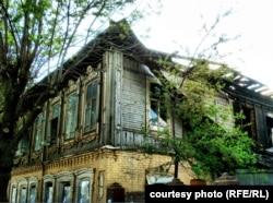 Дом Князевых после пожара. По мнению градозащитников Уфы, памятник архитектуры пострадал в результате поджога