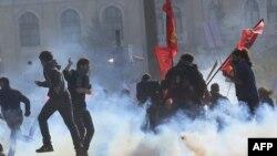 Sukob pro kurdskih aktivista i policije u Ankari 10. oktobra 2016.