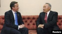 Ұлыбритания премьер-министрі Дэвид Кэмерон мен Қазақстан президенті Нұрсұлтан Назарбаевтың Лондондағы кездесуі. 27 шілде 2012 жыл