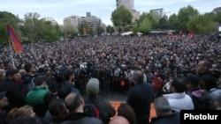 Митинг на площади Свободы, Ереван, 13 апреля 2018 г.