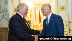 Alyaxandr Lukașenka și Pavel Filip, la Minsk