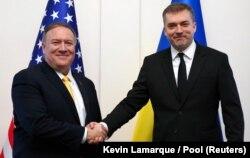 Зліва направо: державний секретар США Майк Помпео і міністр оборони України Андрій Загороднюк. Київ, 31 січня 2020 року