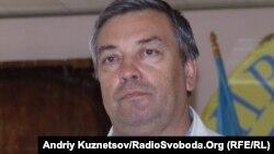 Голова луганського обласного осередку «Просвіти» Володимир Семистяга