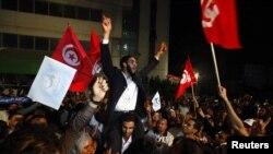 Исламшыл Ән-Нахда партиясының жақтаушылары. Тунис, 25 қазан 2011 жыл
