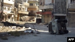Уништени куќи по нападите во Сирија