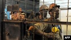 Горняки на шахте в Донецкой области.