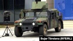 "Hüjümde ogurlanan ""Humvee"" harby maşyny ulanyldy."