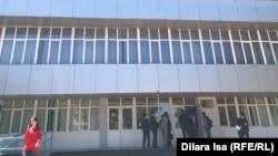 Шымкенттегі университеттердің бірі. Көрнекі сурет.
