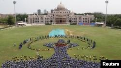 هند کې د یوګا مینه وال