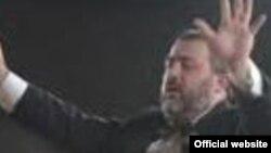 Հայաստանի պետական կամերային երգչախմբի գեղարվեստական ղեկավար Ռոբերտ Մլքեյան