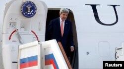 ԱՄՆ պետքարտուղար Ջոն Քերրին ժամանում է Մոսկվա, 14-ը հուլիսի, 2016թ․